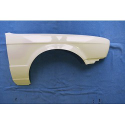 Front wing E30 RH polyester